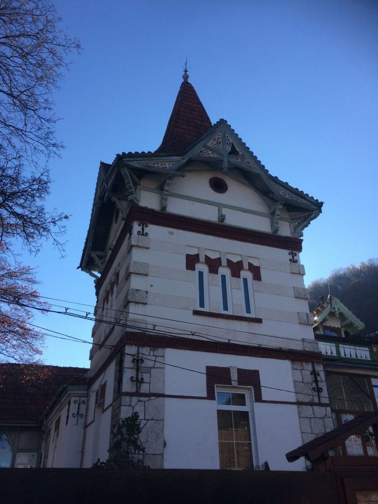 Europe By Bus  |  Day 19  | Bran Castle