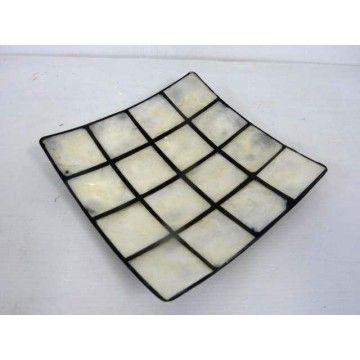 Pearl Shell dish in Black Resin 18sq cm