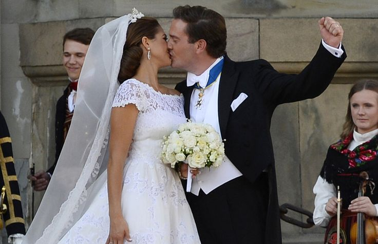 Princess Madeleine and Chris O'Neill wedding: groom cries during the service