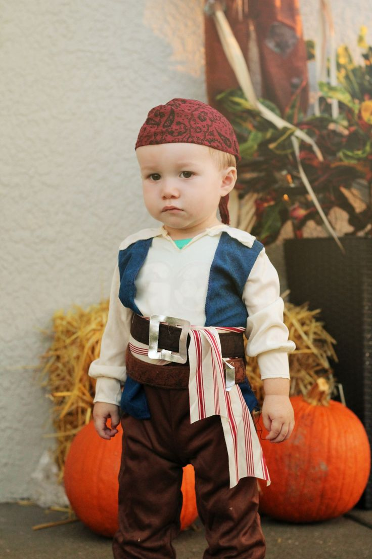 Best 25+ Baby pirate costumes ideas on Pinterest | Pirate costume ...