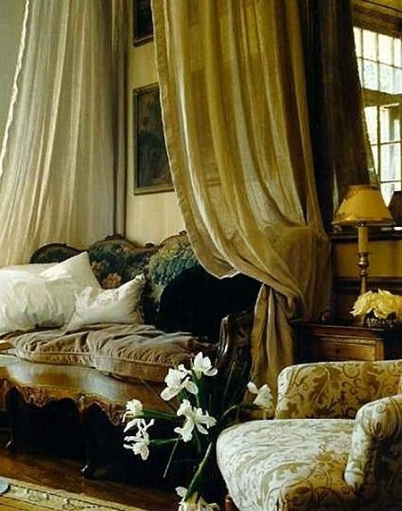 California designer Laurie Steichen. New Orleans Designer Showhouse......Gorgeous.