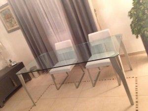 Ciao, sono Luisa e vorrei vendere per problemi di spazio il mio amatissimo #tavolo in cristallo disegnato da #PhilippeStarck, non ricordo per quale azienda. L'ho acquistato per la casa in cui vivevo...
