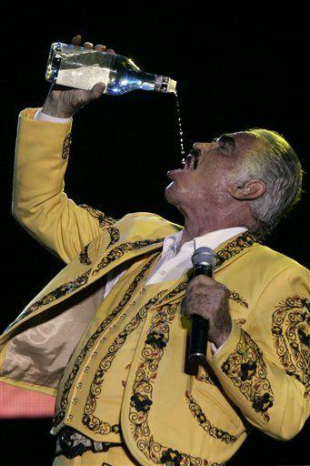 Esa Agua Bendita!  Vicente Fernandez    BAM