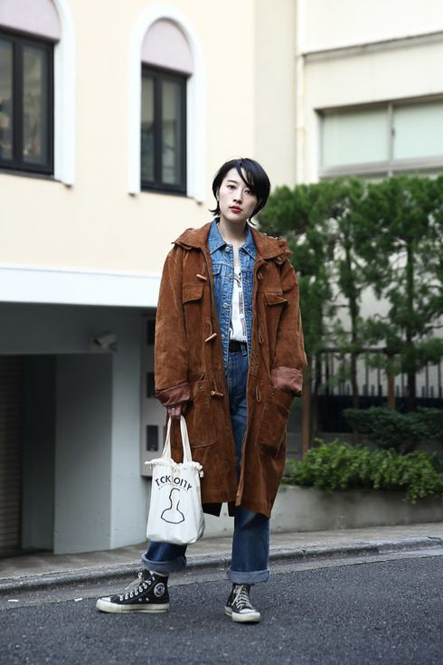 Street Style, Tokyo. More photo at: http://www.fashionsnap.com/streetsnap/2015-03-13/53573/