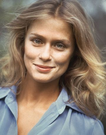 Lauren Hutton 1970s natural looking hair and warm makeup