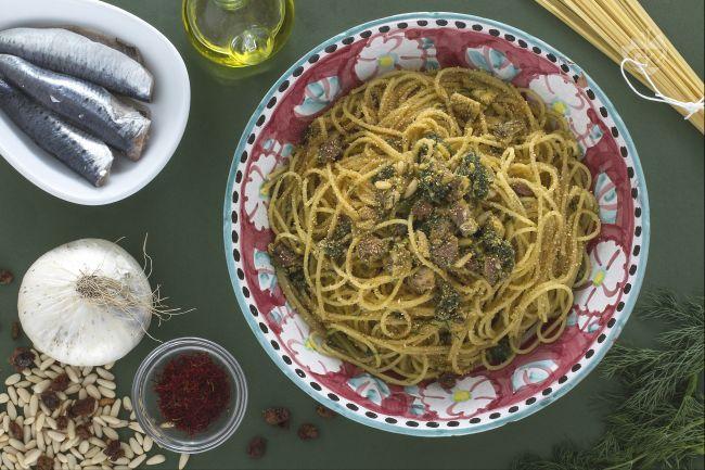 Ricetta Pasta con le sarde - Le Ricette di GialloZafferano.it