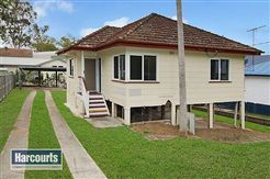 Practical Post War Home in Prime Position Keperra, 20 Fergus Street | Harcourts Solutions | Your Local Agents Selling Real Estate in Brisbane #realestateforsale