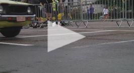 Op 14 augustus 2011 kleurde het Geelse stadscentrum GEEL! De Geelse binnenstad had er nog nooit zó geel uitgezien. De organisatoren van belOTTOclassic richtten ter gelegenheid van hun tienjarig bestaan éénmalig geelOTTOclassic.in. De bedoeling was zoveel mogelijk gele #voertuigen te verzamelen: auto's (hedendaagse en klassiekers), vrachtwagens, #moto's, fietsen, enzovoort, als het maar rijdt en geel is! En dat in #GEEL, natuurlijk! Het was een unieke belevenis!