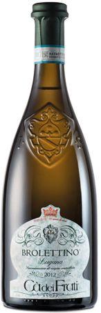 Il Brolettino Lugana è forse il vino più rappresentativo della cantina Ca'dei Frati, una cantina che ha saputo valorizzare al meglio il territorio del Lago di Garda e che ha portato una grande valorizzazione della Turbiana, il vitigno da cui il Lugana prende forma. https://ilchiccoduva.eu/brolettino-lugana-doc #brolettinolugana #brolettino #càdeifrati #vino #vinobianco