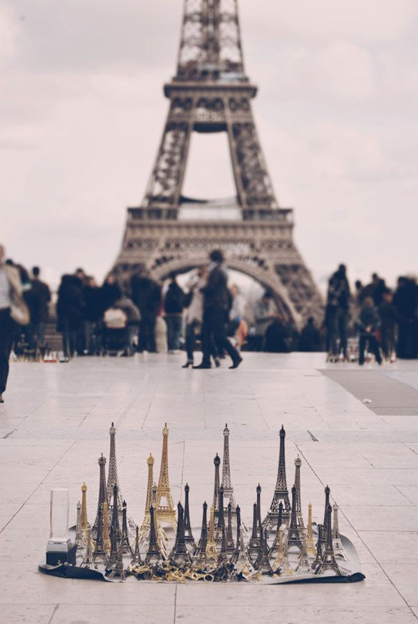 .: Sydney Hirsch, Tours Eiffel, Learning French, Favorite Places, Eiffel Towers, Paris France, Paris Vacations, Minis, Photo