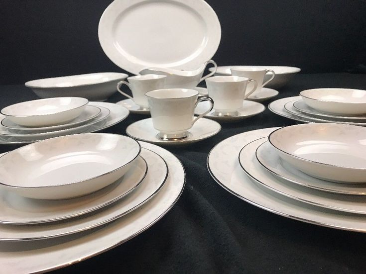 VINTAGE HEINRICH Hu0026C Co SELB BAVARIA CHINA 6 PIECE SETTING FOR 4 WITH SERVICE : precidio dinnerware - pezcame.com