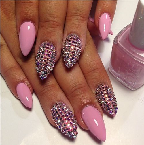 Pink Stiletto Nails with Rhinestone Nail Art | Modern Quinceaneras | Birthday Nails | Quinceanera Nail Ideas