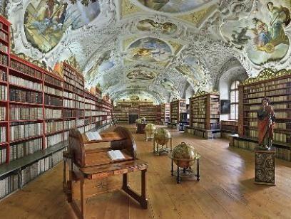 Výsledek obrázku pro strahovská knihovna
