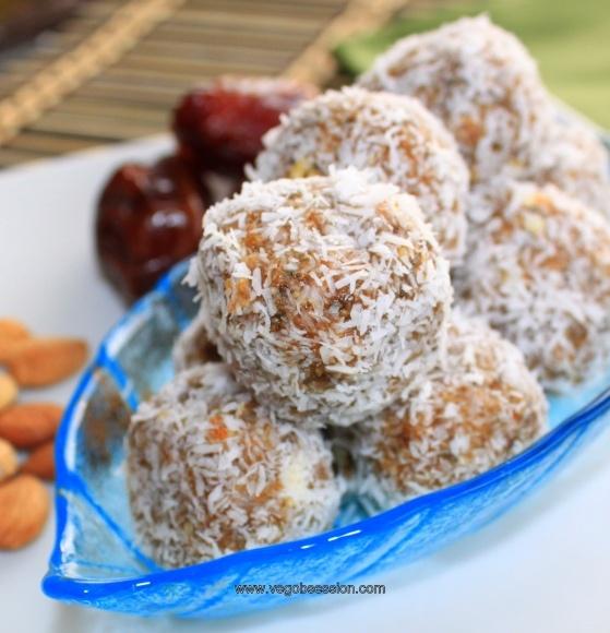 Macadamia and Apricot Kernel Snow Balls (no-bake)