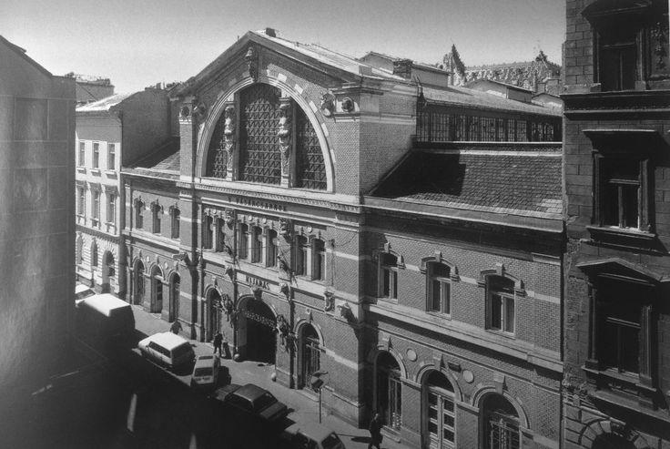 Fotó: Budapesti vásárcsarnokok a századfordulótól napjainkig
