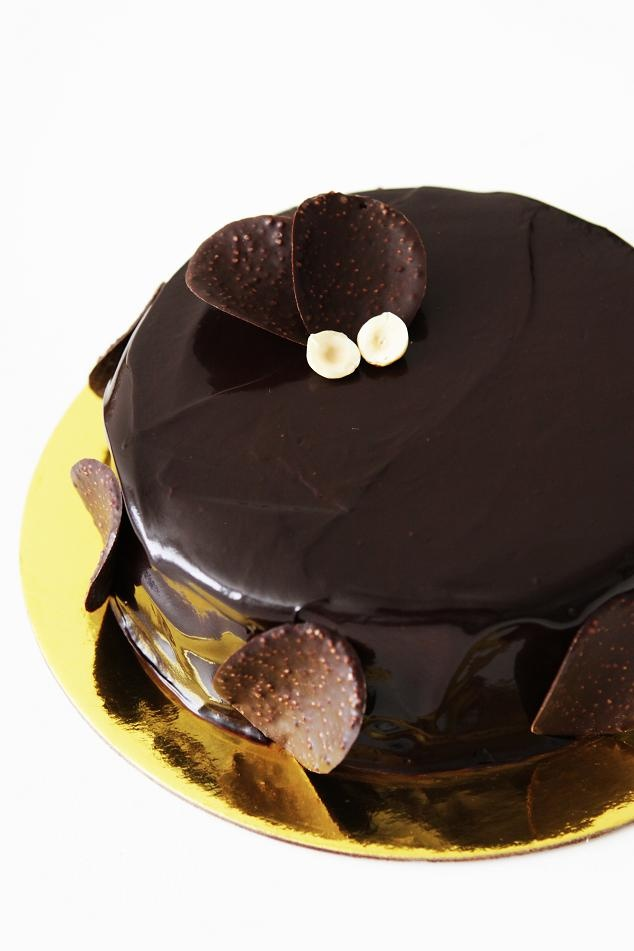 ... Series of Chocolate Hazelnut Mousse Cake (a.k.a Ferrero Rocher Cake