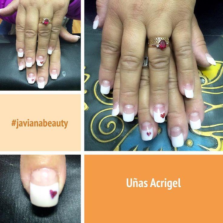 Uñas Acrigel con corazón en gel y glitter rojo para una novia  #instalike #javianabeauty #nails #nailsinstagram #nailstyle #nailsaddict #nailsinspiration #uñas #uñaschile #uñasacrigel #nailsbeauty #nailsbride #uñasnovia