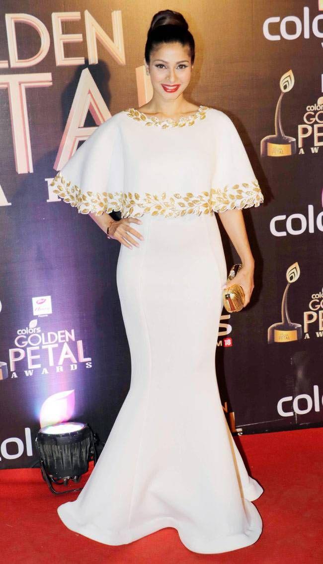 Tanishaa Mukerji at the Colors Golden Petal Awards. #Bollywood #Fashion #Style #Beauty #Sexy