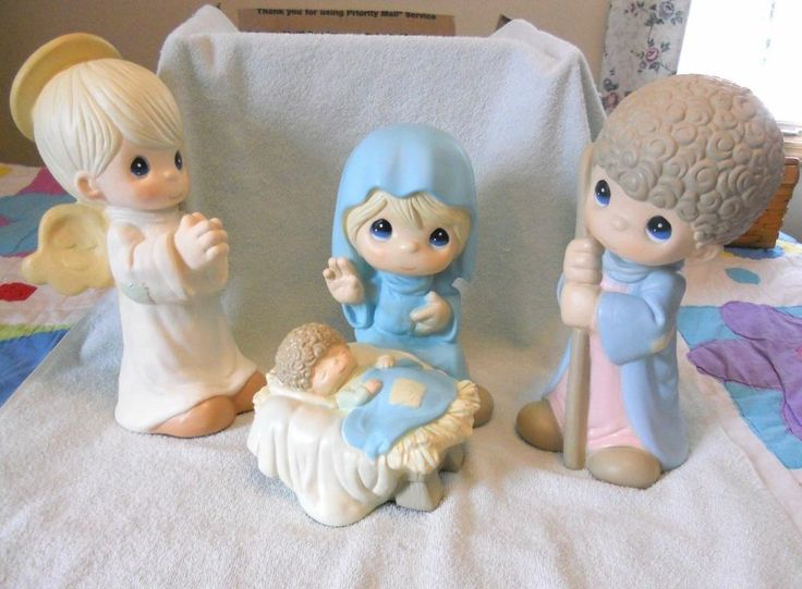 45 best Belenes Precius Moments images on Pinterest  Nativity