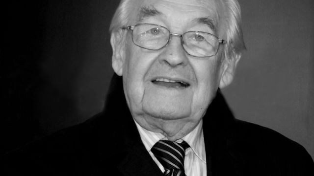 """Prominent Polish artist, director of, among others, """"Popiół i Diament"""" (Ashes and Diamonds), """"Kanał"""" (Sewer) and """"Człowiek z marmuru"""" (Man of Marble) – Andrzej Wajda, passed away on Sunday at the age of 90. When it comes to Polish filmmakers, it was probably just Krzysztof Kieślowski and Andrzej Wajda who managed to earn such a …"""