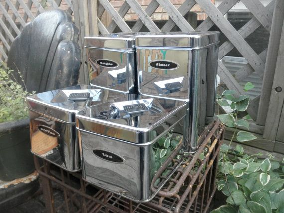 Some Canisters For Your Stuff Great 50s Kitchen by YettiTreasures, $36.00: 50S Kitchens
