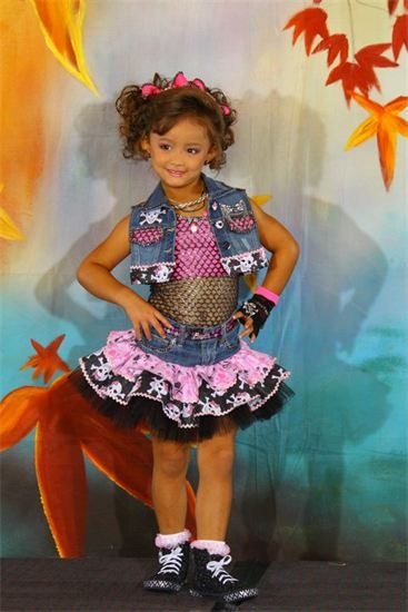 17 Best Images About Toddlers Amp Tiaras On Pinterest