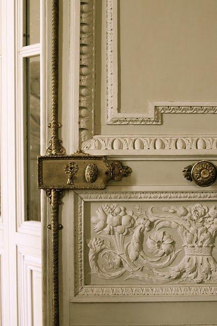 Versailles door hardware