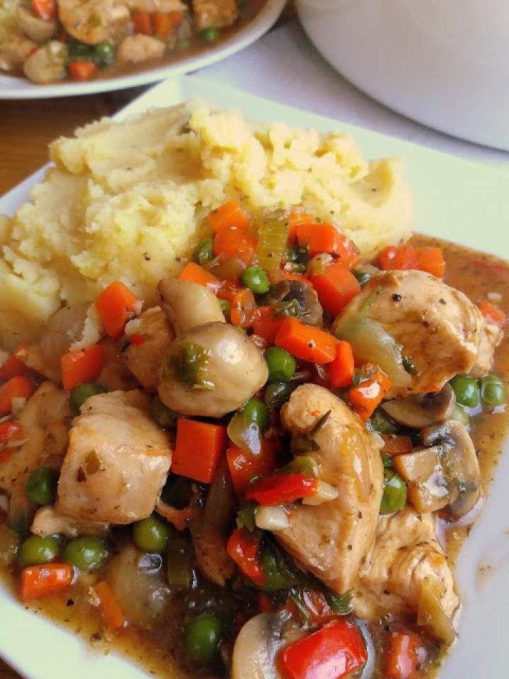 Gulasz drobiowy z warzywami / Chicken Vegetable Stew