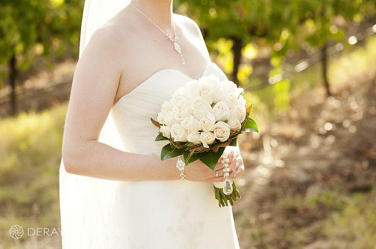 Classic rose bouquet in the vineyards of Sitella Winery, Swan Valley Western Australia Photography by DeRay & Simcoe