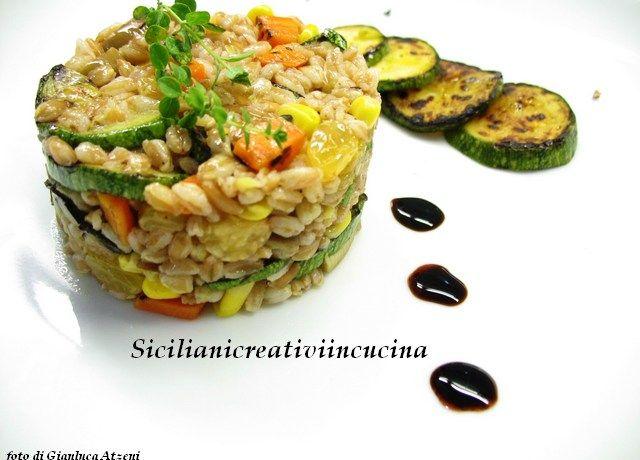 Insalata vegetariana di farro con zucchine alla griglia | SICILIANI CREATIVI IN CUCINA | di Ada Parisi