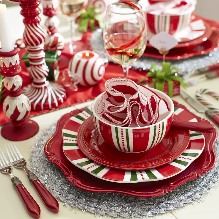 Christmas Stripes Dinnerware & 117 best Dishes images on Pinterest | Dishes Dinnerware and Utensils