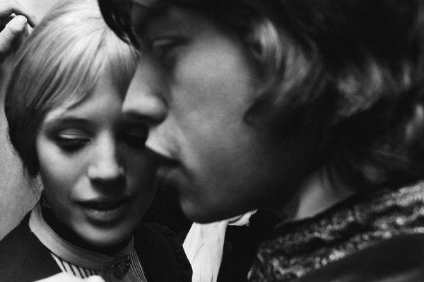 Mick Jagger e Marianne Faithfull nel 1963 Faithfull To Jagger 35340   Musickr - Video e Testi Canzoni
