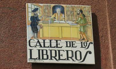 Calle de Los Libreros. Esta calle conocida por sus librerías de compra-venta de…