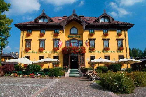 84 best hotel a tutta neve images on pinterest hotels for Altopiano asiago hotel