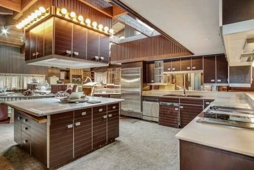 A vintage and classic 1978 #kitchen in a 1979 Michigan time capsule mid-century house featured in Retro Renovation article. #Poggenpohl #Sturgis #Michigan