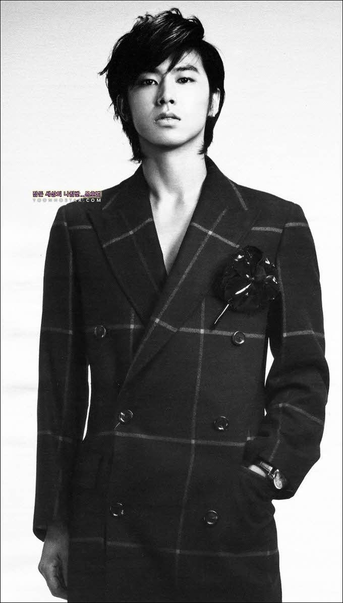 Yunho ♡ DBSK / TVQX...window pane double breasted coat