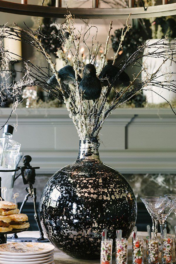 A Halloween Centerpiece perfect chic decor, Waiting On Martha