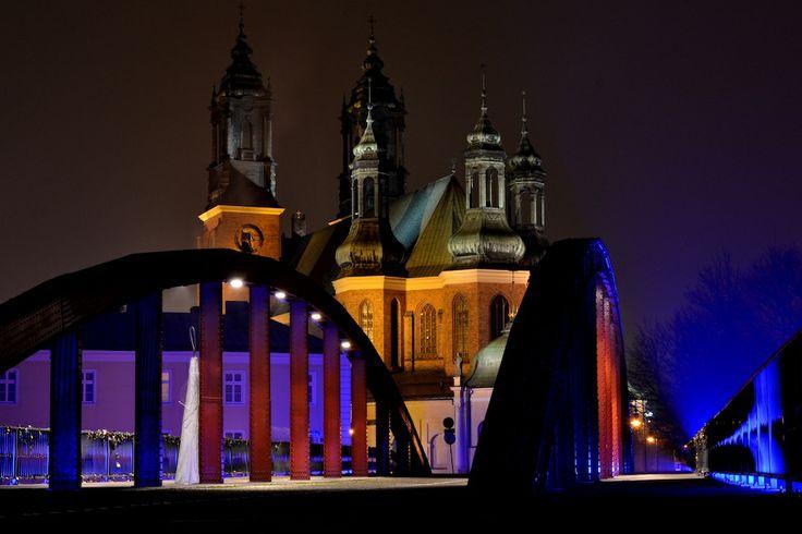 fot.Klaudia Krzyszkowiak: Zakochać się w Poznaniu nocą! <3 https://www.facebook.com/photo.php?fbid=10151982555642893&set=a.392564567892.167471.376101312892&type=1&stream_ref=10