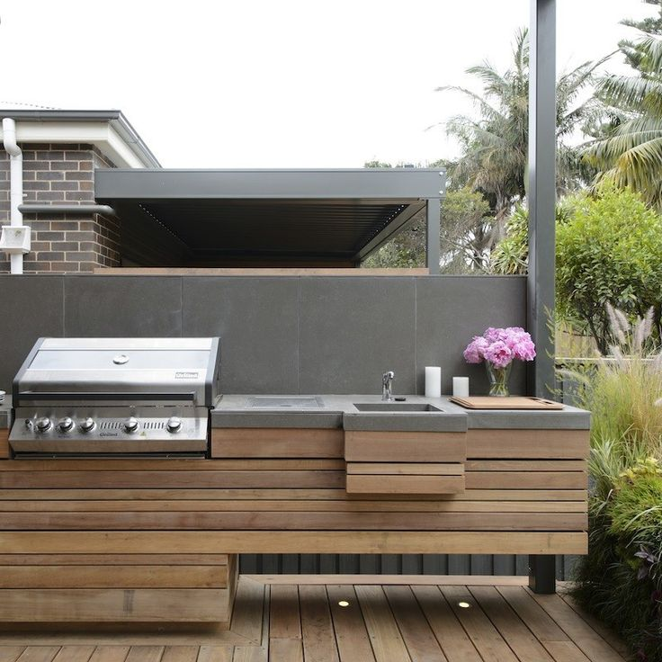 25+ Best Ideas About Small Outdoor Kitchens On Pinterest