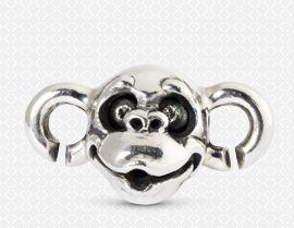 Σκανταλιάρα και δραστήρια...μια μαϊμού πάντα βρίσκει τον τρόπο να σε διασκεδάζει! #Monkey #Trollbeads #ZbyAlikiVergidou