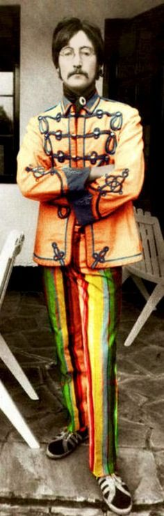 1967 John Lennon : did he take adidas shoes this time?