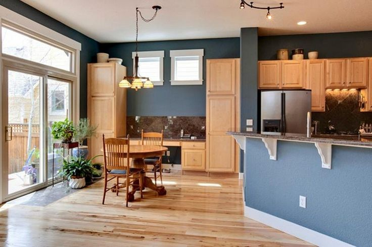 Best colors to go with oak cabinets natural wood for Blue kitchen paint color ideas