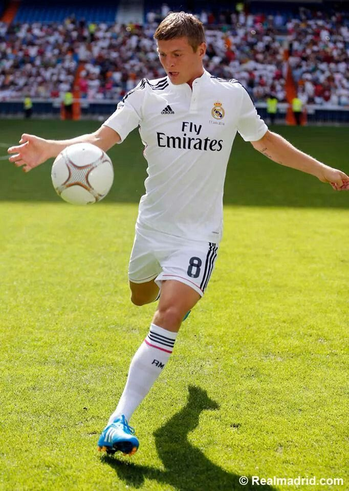 Toni Kroos. Heartbreak every moment. Why did you leave fcb.