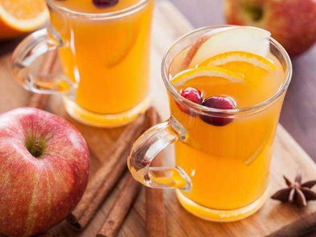 Čaj z jablečného octa. Zatočí s kily navíc a posílí imunitu