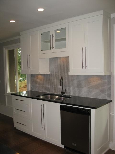 Best 25 condo kitchen remodel ideas on pinterest condo for Condo kitchen renovation ideas