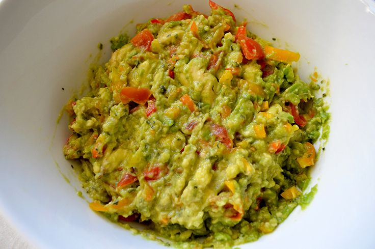 4 Guacamole Recipes Better than Chipotle