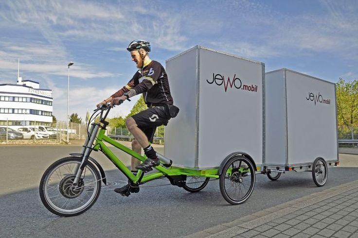 -Das Lastenrad der Firma Jewo hat Platz für eine Europalette.