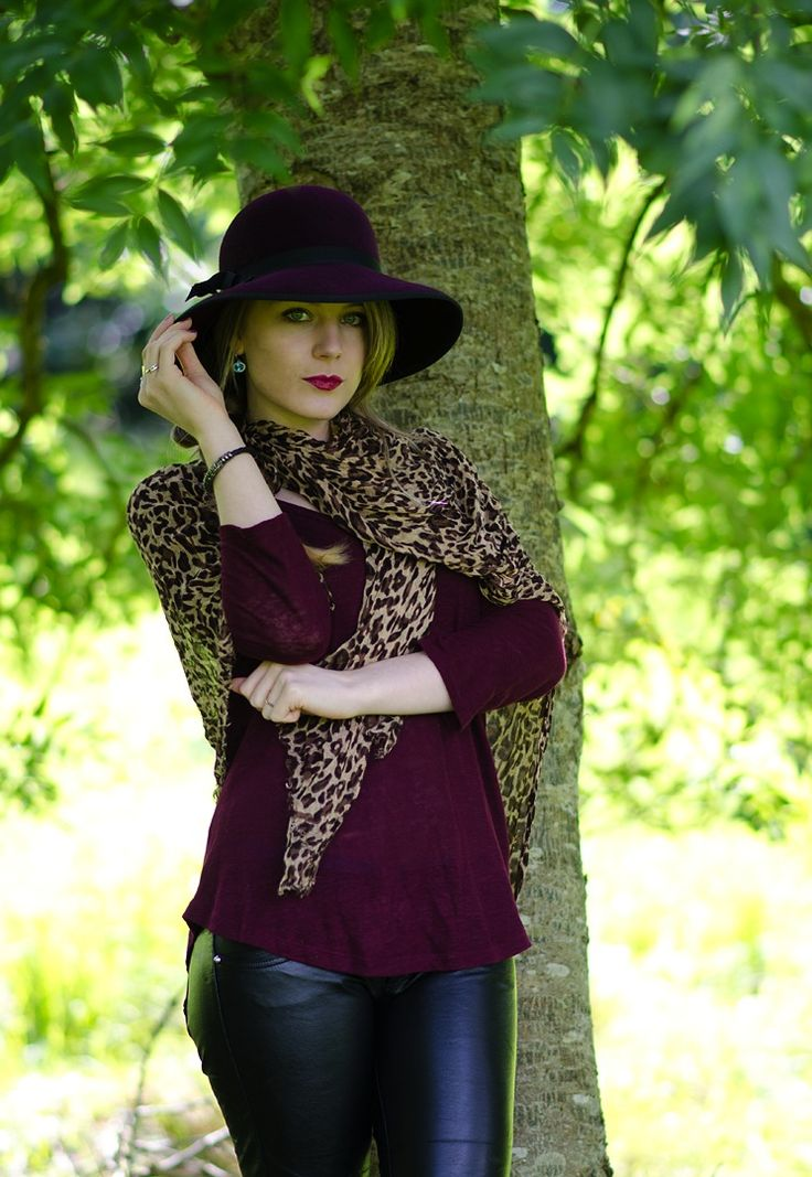Jazzing up a country walk with leather and wellies http://raindropsofsapphire.com/2014/08/19/jazzing-up-a-country-walk-with-leather-wellies/