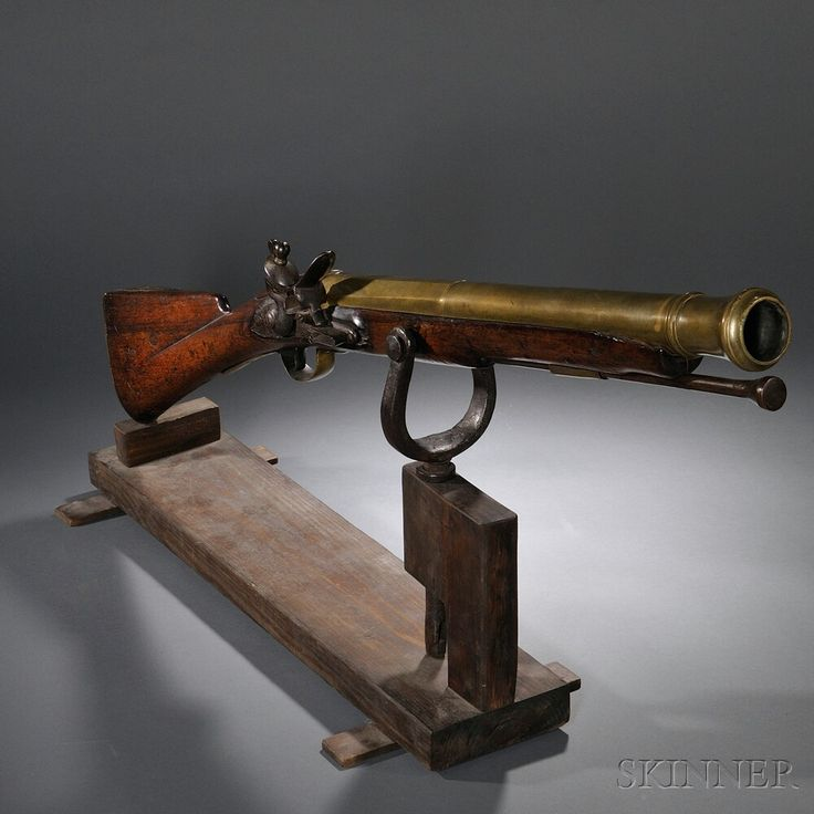 British East India Company Swivel Gun, c. 1779, a flintlock with a bronze, blunderbuss type barrel