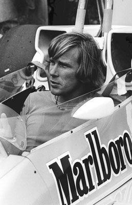 James Hunt: jarenlang mijn Formule 1-favoriet. Omdat hij een mix was van racetalent en een opvallende flamboyante levensgenieter. James was cool, zouden ze vandaag de dag zeggen.